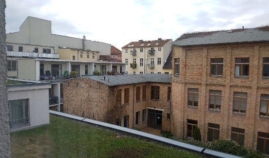 NH Potsdam: Ausblick in den Innenhof