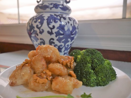 China Cafe: walnut  Shrimp