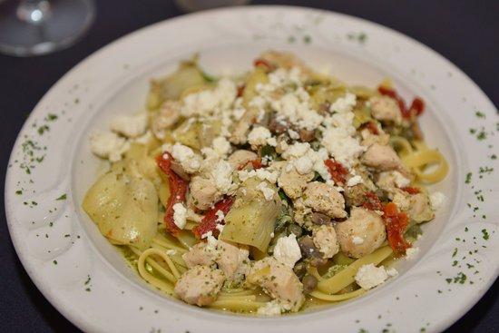 Marcello's Cucina Italiana : Fettucine con Pollo