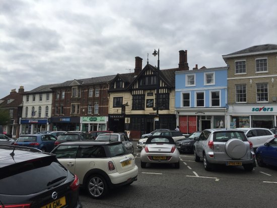 Sudbury, UK: Front of Hotel from across the street