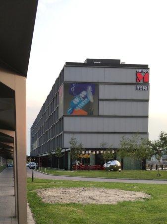 Фотография citizenM Schiphol Airport