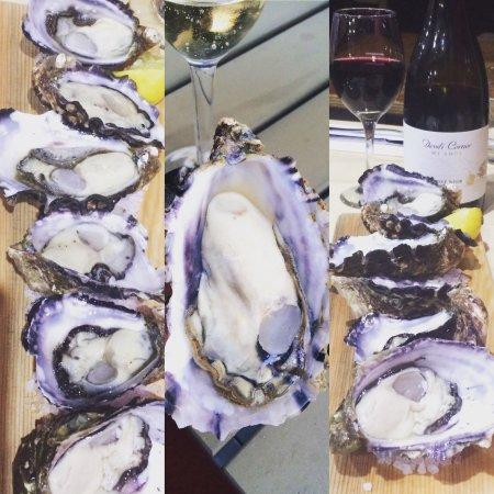 Bicheno, أستراليا: Mellshell Oysters, always on the menu