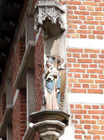 Turnhout, Belgien: st Mary statue