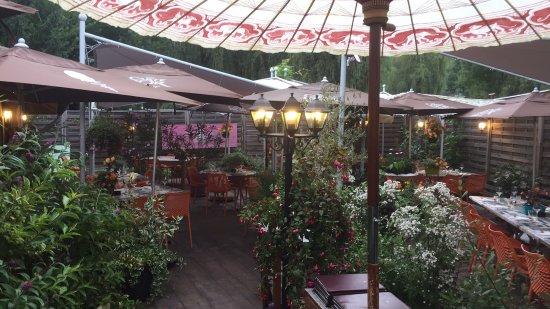 Cluses, Prancis: Notre terrasse