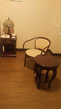 Room furnisher