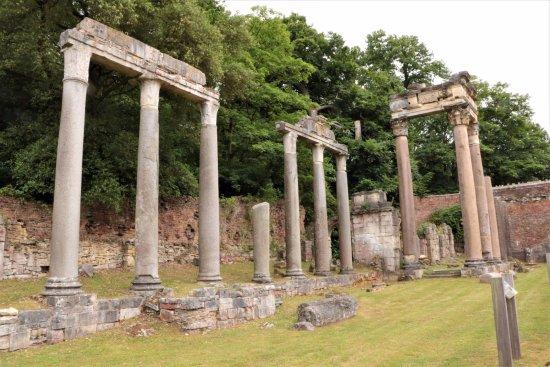 Virginia Water, UK: More Ruins!
