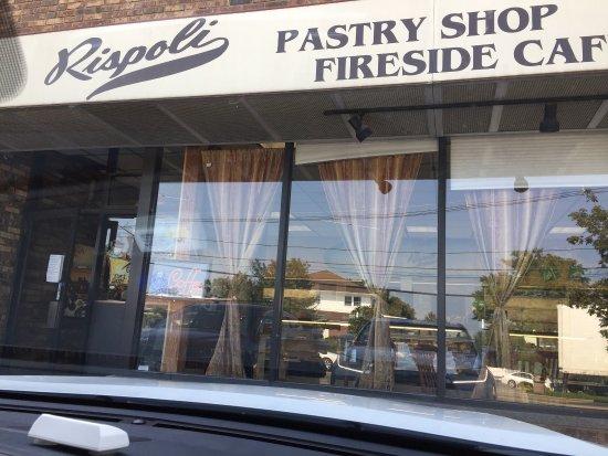 Ridgefield, Νιού Τζέρσεϊ: Rispoli Pastry / Fireside Cafe
