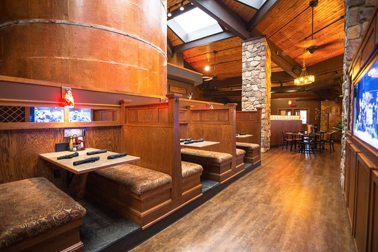 The Phoenix: dining room