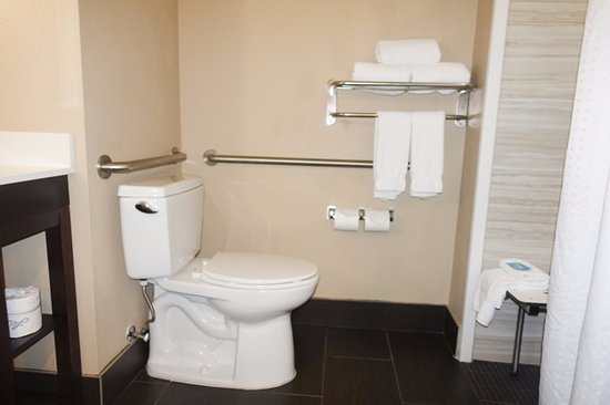 Humble, TX: Bars correct, flush on correct side, towels and wash cloths accessible.
