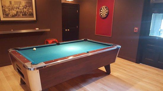 Essex, CT: Pool Table
