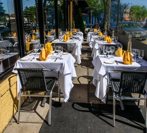 Morristown, NJ: Outdoor Dining