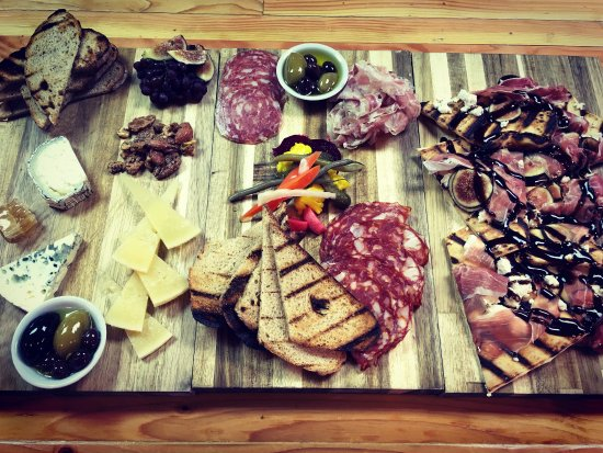 Port Gamble, WA: Cheese Board, Charcuterie Board & Flat Bread