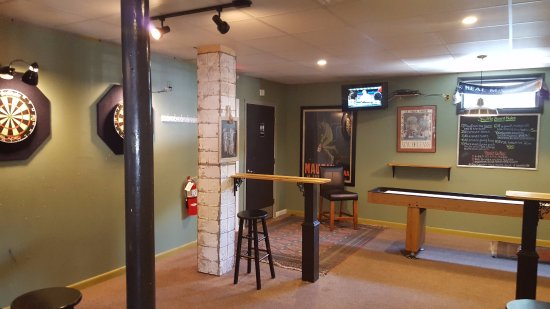 Ivoryton, CT: Rec Room