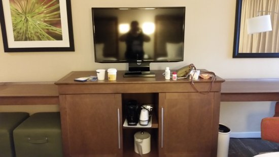 Hampton Inn & Suites Asheville-I-26: 20170719_203305_large.jpg