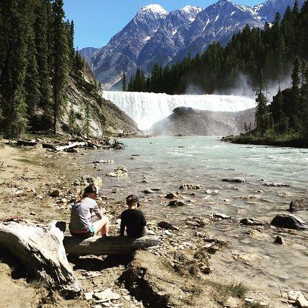 Golden, Canada : Wapta Falls tour