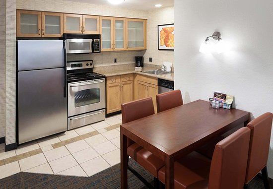 Marlborough, MA: Two-Bedroom Suite - Kitchen