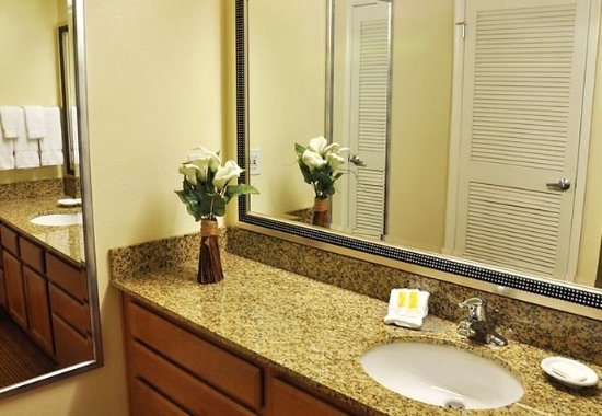 Greenwood Village, CO: Studio Suite Bathroom