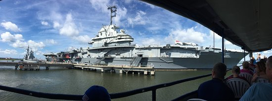 Patriots Point Naval & Maritime Museum: photo0.jpg