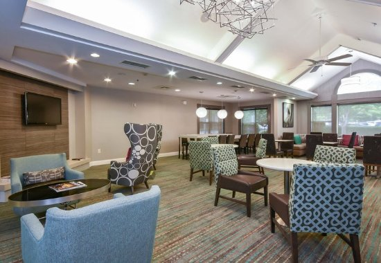 Huntersville, Carolina del Norte: Lobby Lounge