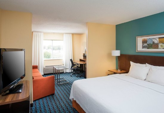 Greeley, CO: King Executive Suite