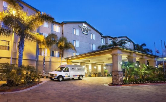 Homewood Suites by Hilton San Diego-Del Mar: Hotel Exterior