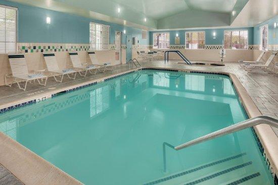 Somerset, NJ: Indoor Pool