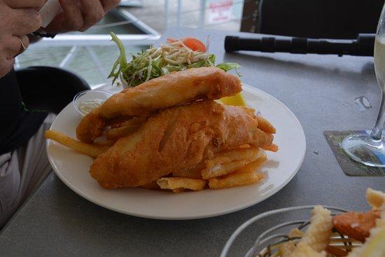 Tin Shed: fish & chips
