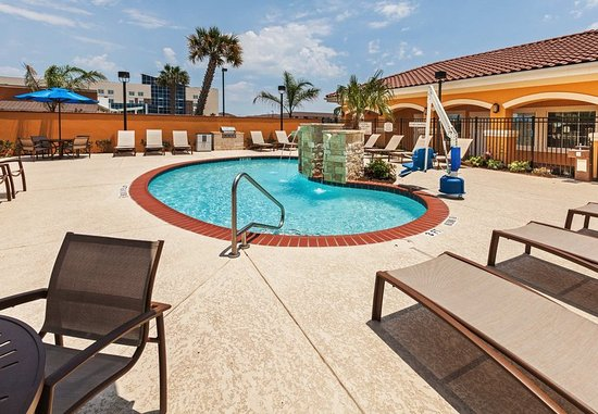 TownePlace Suites Corpus Christi: Outdoor Pool