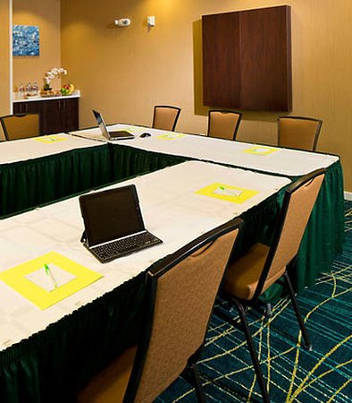 SpringHill Suites by Marriott Fairbanks: Meeting Room