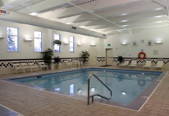 SpringHill Suites by Marriott Fairbanks: Indoor Pool