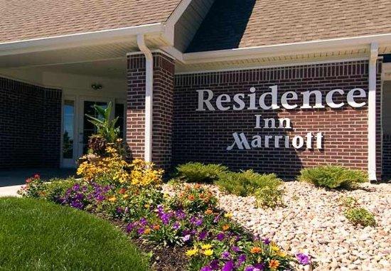 Middleton, Wisconsin: Entrance