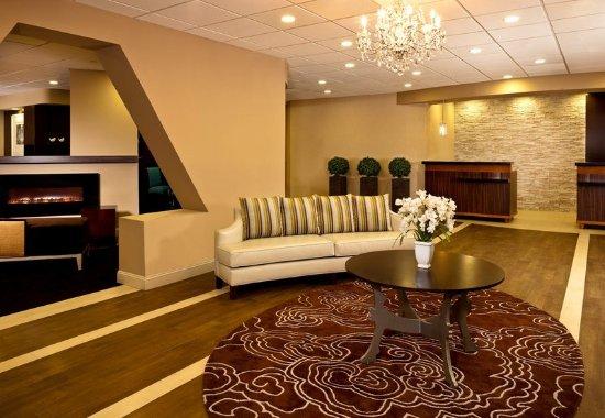 White Plains, NY: Lobby