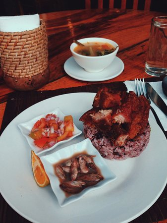 Cafe by the Ruins: Their delicious bagnet!