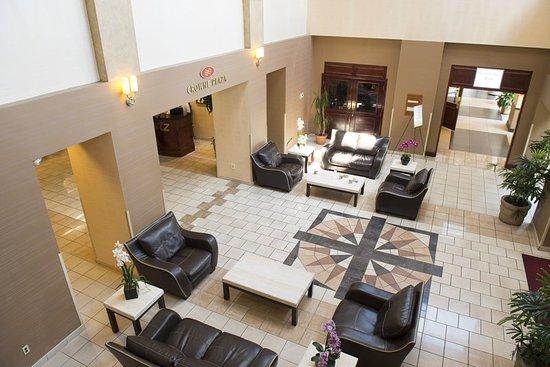 Trevose, Pensylwania: Hotel Lobby, featuring complimentary WIFI access