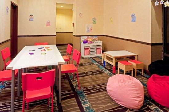 Trevose, Pensylwania: Supervised Children's Center open Memorial Day through Labor Day
