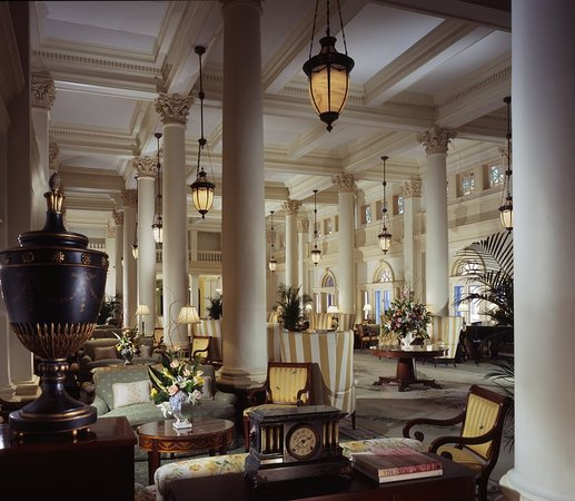 Hot Springs, فيرجينيا: Great Hall Lobby