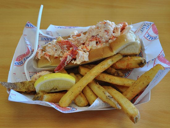 Westerly, RI: Shore Dinner Hall - Cold Lobster Roll With Fries