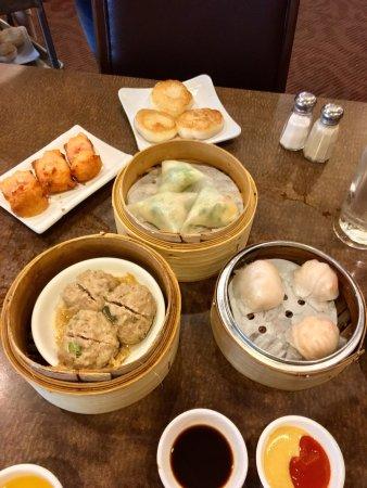 Silver Dragon Restaurant: photo0.jpg