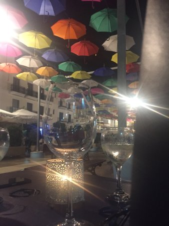 La Casa Bar and Restaurant: photo1.jpg