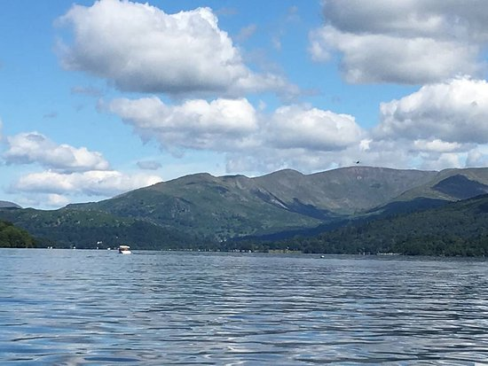 Bowness-on-Windermere, UK: Stunning views from the lake