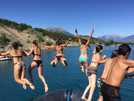 Embrun, فرنسا: baignade serre poncon