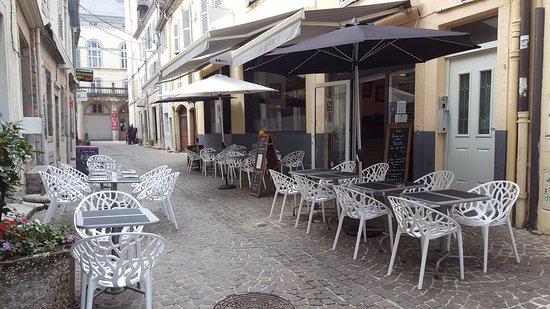 Lons-le-Saunier, فرنسا: La terrasse
