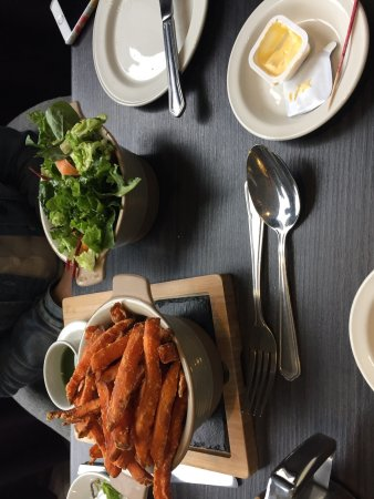 The Bread Street Brasserie: Delicious fish and chips.