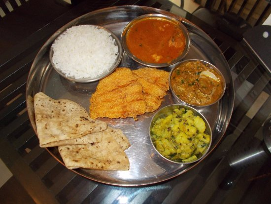 Soul Fry: Fish thali served at lunch only