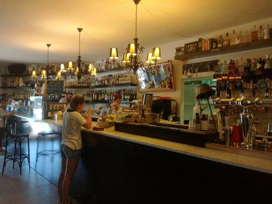 Torricella di Magione, Italië: il bar dentro