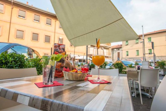 Senago, Italien: COCKTAIL e aperitivi