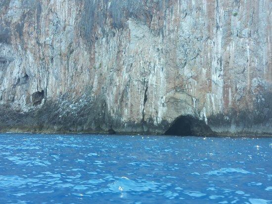 Grotte Marine di Capo Palinuro - Palinuro Porto: 20170718_123134_large.jpg