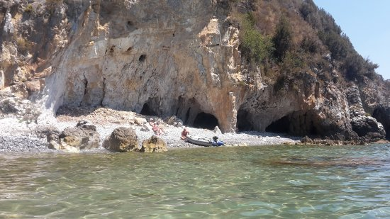 Grotte Marine di Capo Palinuro - Palinuro Porto: 20170718_120244_large.jpg