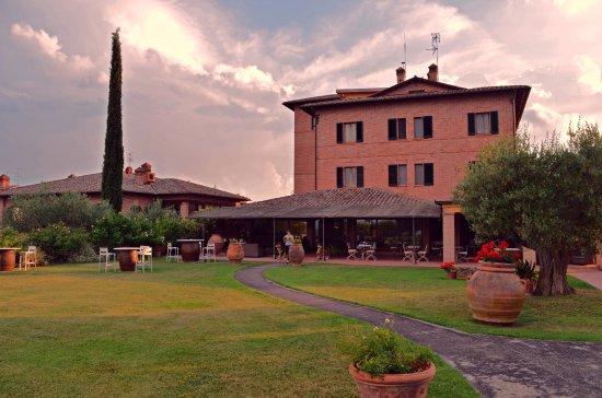 Pozzuolo, Italia: Esterni