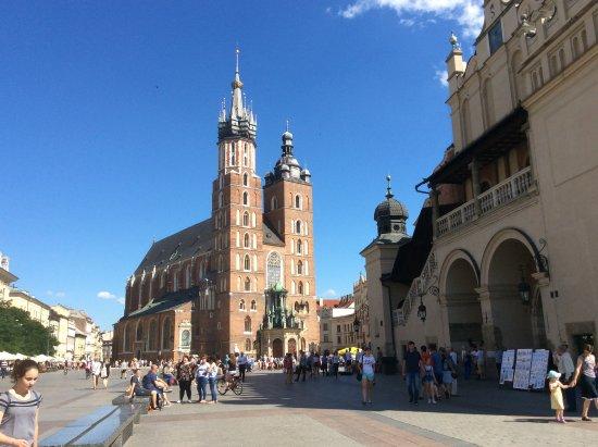 Pod Wawelem Hotel : Krakow main square.